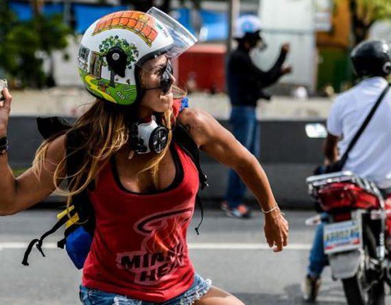 Caterina Ciarcelluti, la Wonder Woman vénézuélienne au cœur des manifestations