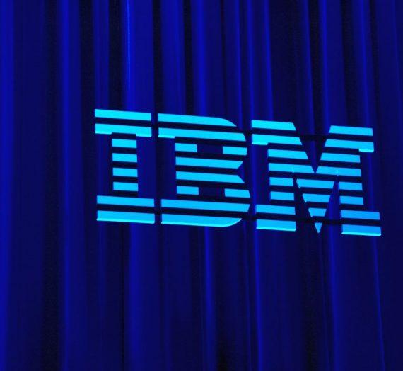 IBM présente ses excuses pour avoir licencié une femme trans, 52 ans plus tard