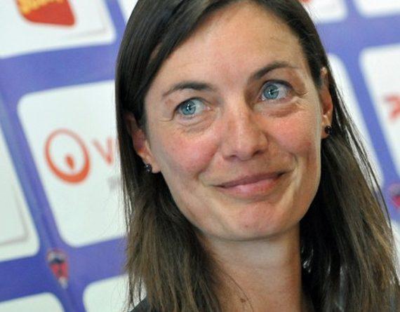 Corinne Diacre nommée à la tête de l'équipe de France féminine de football